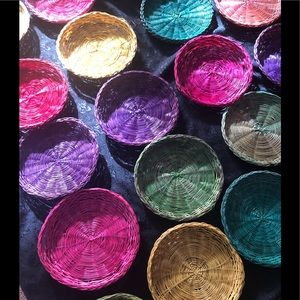 Other - Wicker paper plate holders multiple colours x 22